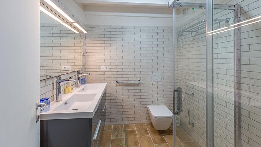 Salle de bain de l'appartement 2